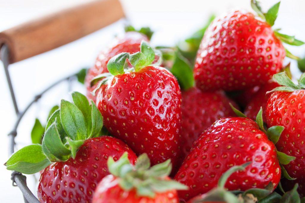 Que nous apporte une fraise ? Connaître ses avantages