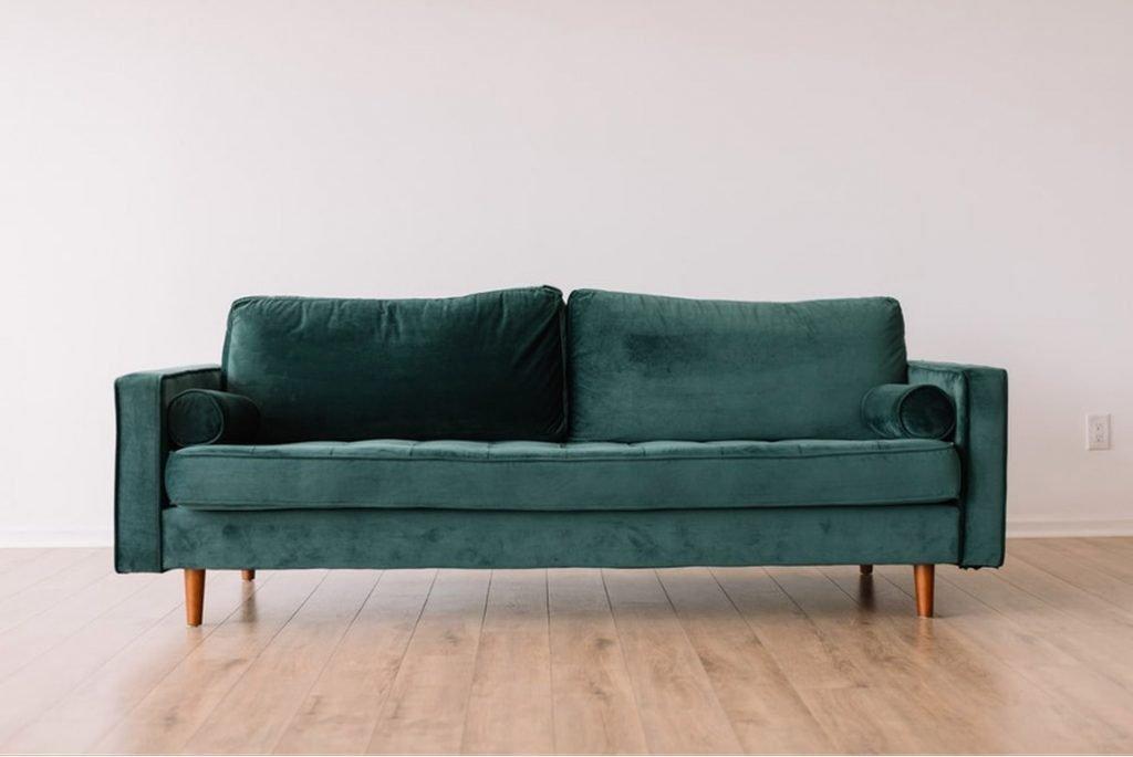 Quels sont les matériaux qui composent un canapé en tissu ?