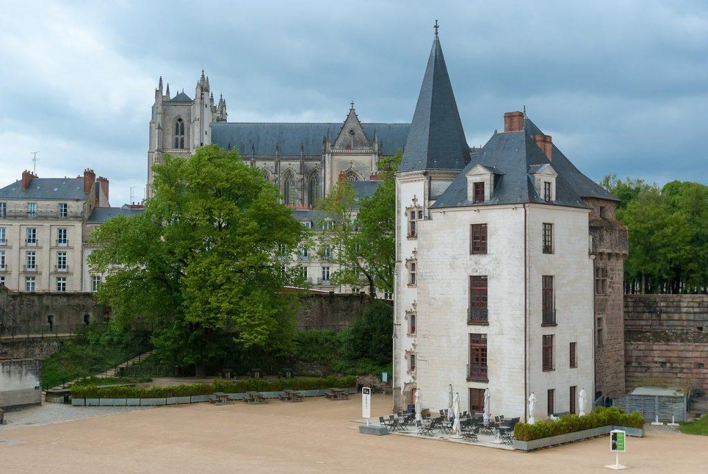 Comment bien choisir votre hôtel lors de votre séjour à Nantes ?