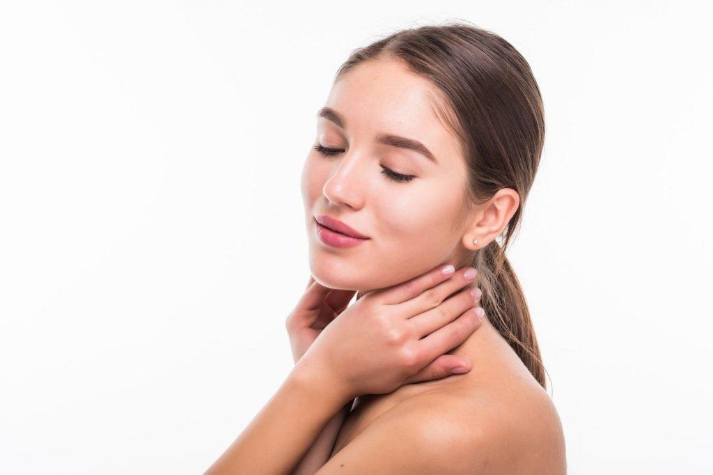 Conseils pour les soins du visage le matin