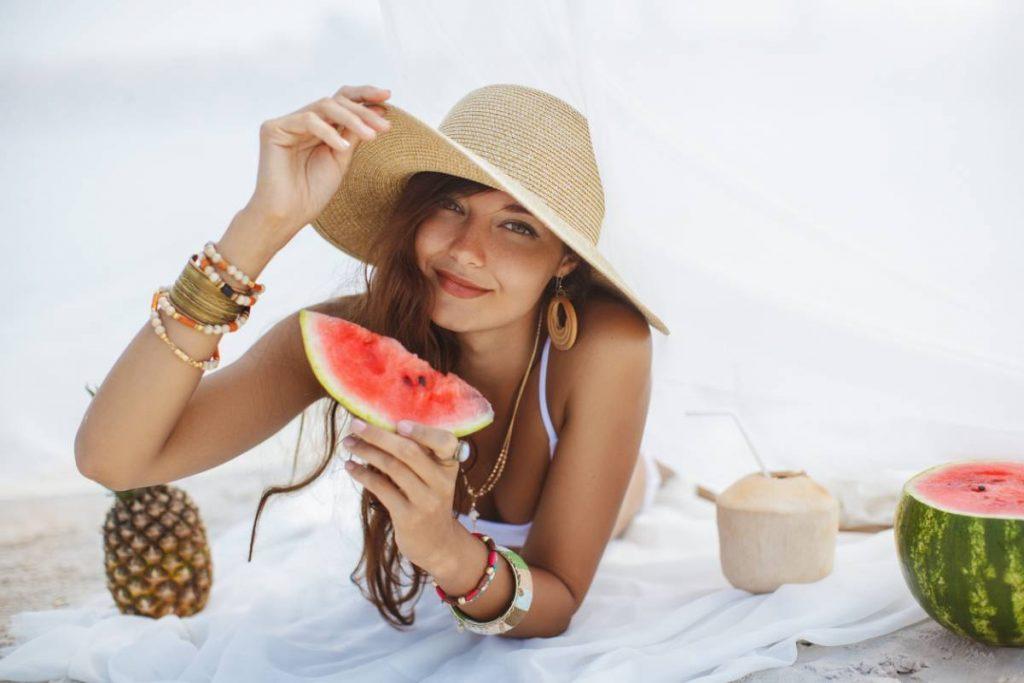 Boucles d'oreilles ananas, cerises : les fruits ont la côte !
