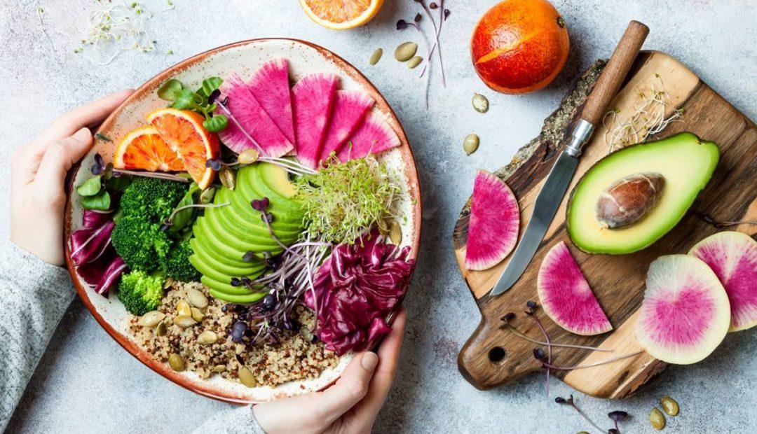 Cuisine : les astuces pour manger équilibré et sans perte de temps !